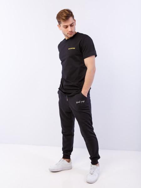 Черная футболка TEAM